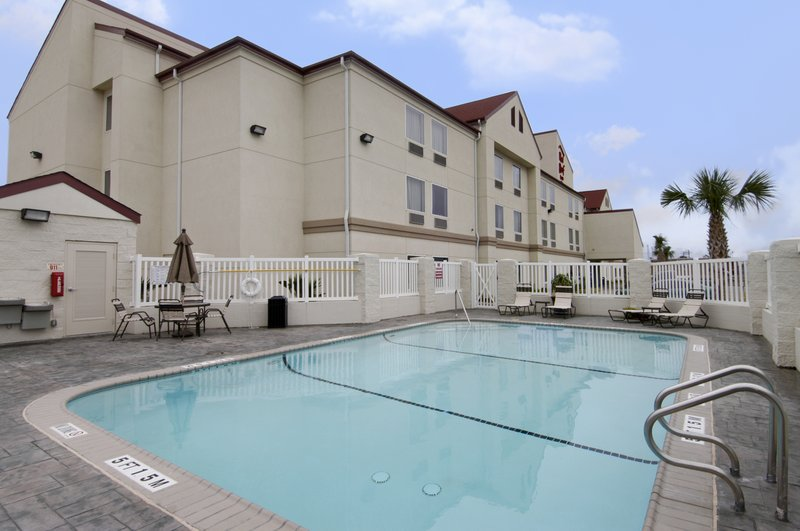 Perfect Red Roof Inn And Suites Suites Corpus Christi
