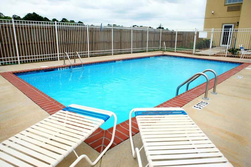Red Roof Inn And Suites Lake Charles