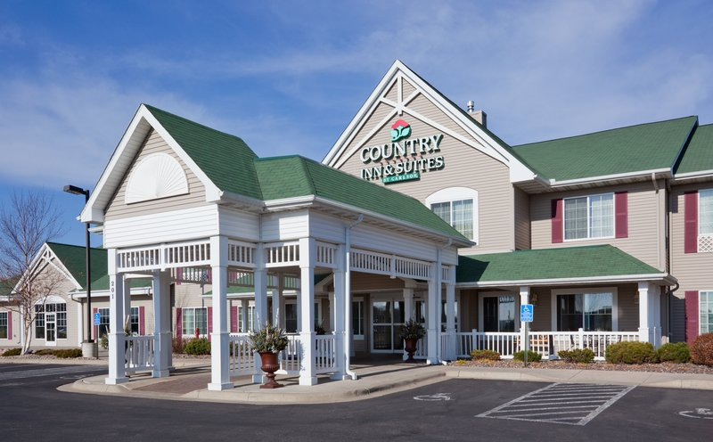 Country Inn & Suites By Carlson, Willmar, MN