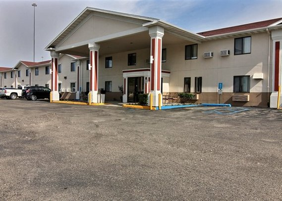 Econo Lodge East
