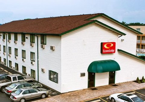 Econo Lodge Akron