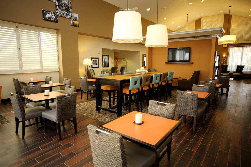 Hampton Inn - Suites Orlando-East UCF Area FL