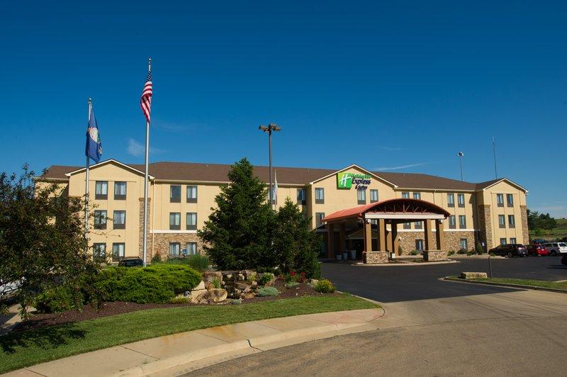 Holiday Inn Express Topeka West I 70 Wanamaker