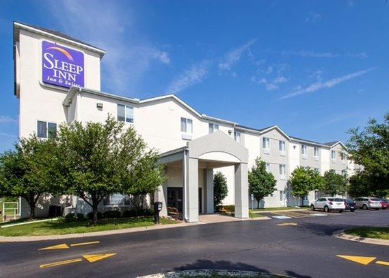 Sleep Inn & Suites Davenport Quad Cities