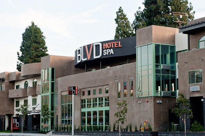 BLVD Hotel And Spa