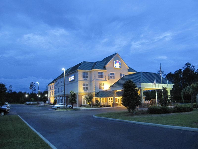 BEST WESTERN PLUS First Coast Inn & Suites