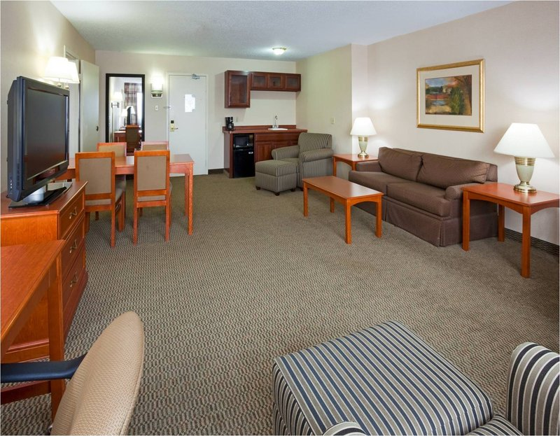 Holiday Inn BLMGTN ARPT SOUTH- MALL AREA