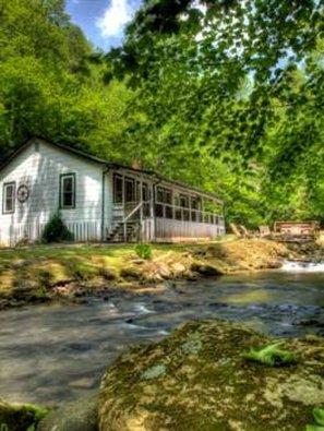 Hidden Creek Cabins