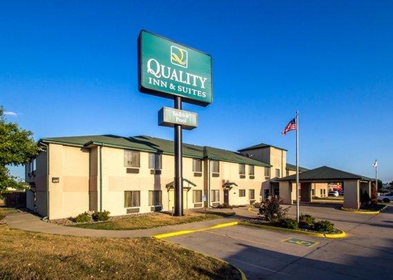Quality Inn & Suites Altoona - Des Moines