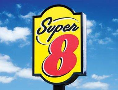 Super 8 Hutchinson
