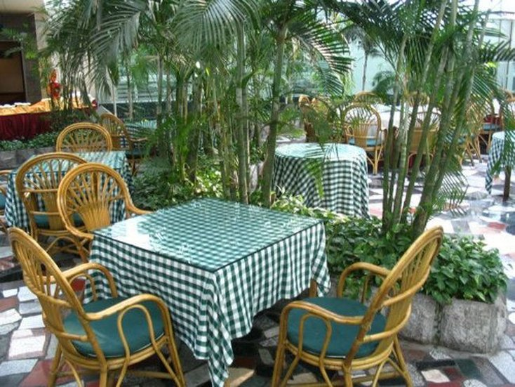 Super Garden Hotel