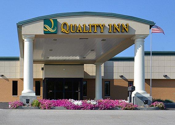 Quality Inn Huntingburg