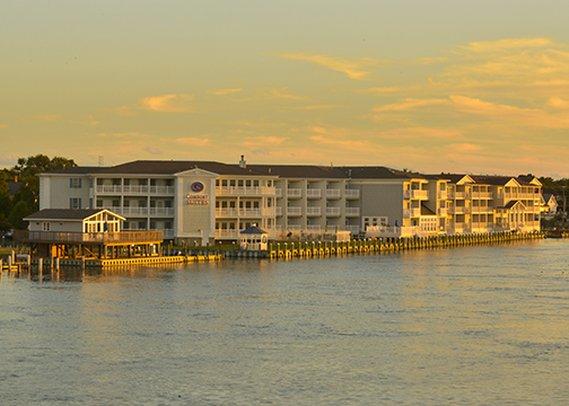 Comfort Suites Chincoteague Island Bayfront Resort
