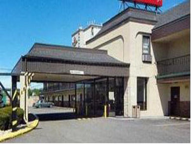 Days Inn Newark Liberty International Airport