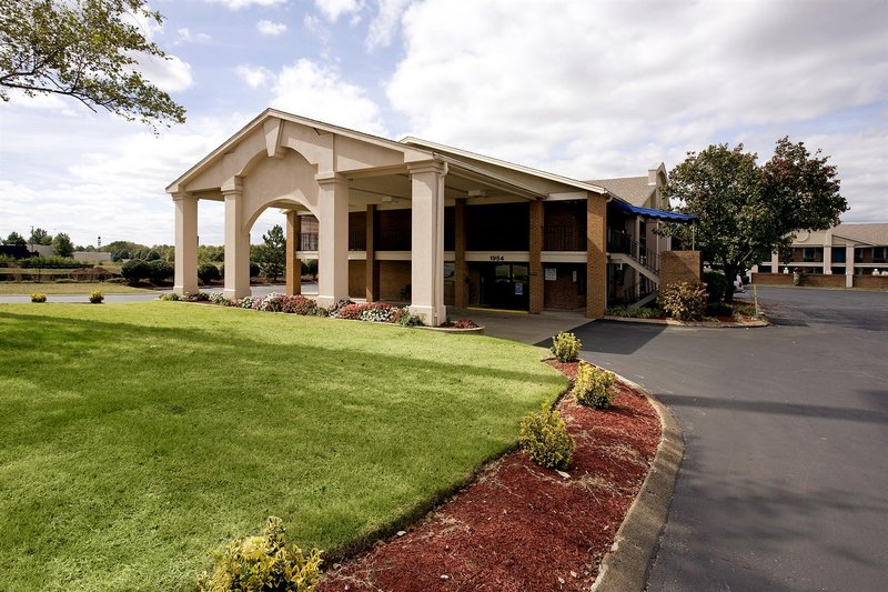 Americas Best Value Inn And Suites Murfreesboro