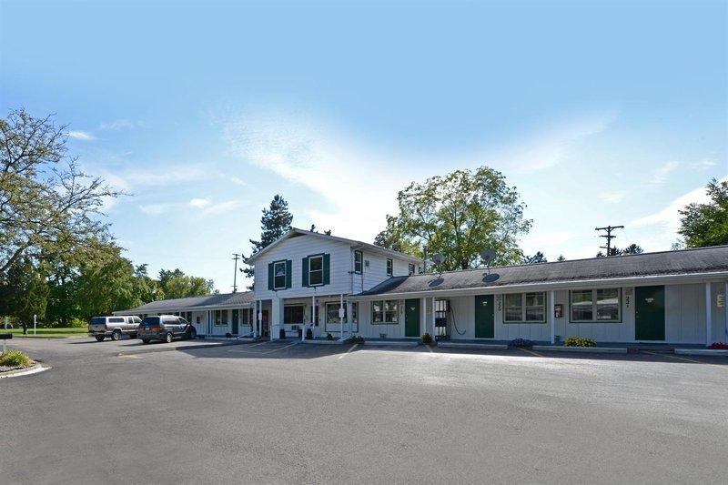 Americas Best Value Inn Jonesville Hillsdale