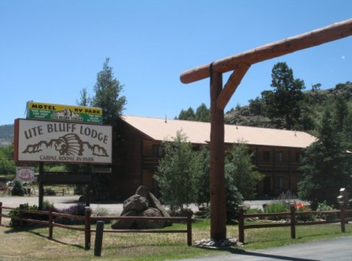 Ute Bluff Lodge