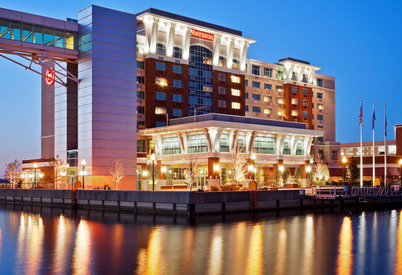 Hotels Near Bi Centennial Tower - Erie, Pennsylvania