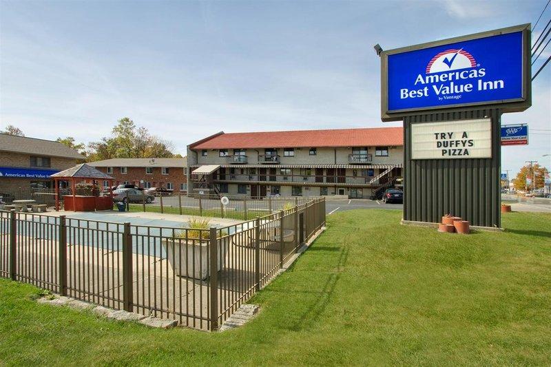 Americas Best Value Inn & Suites St. Marys