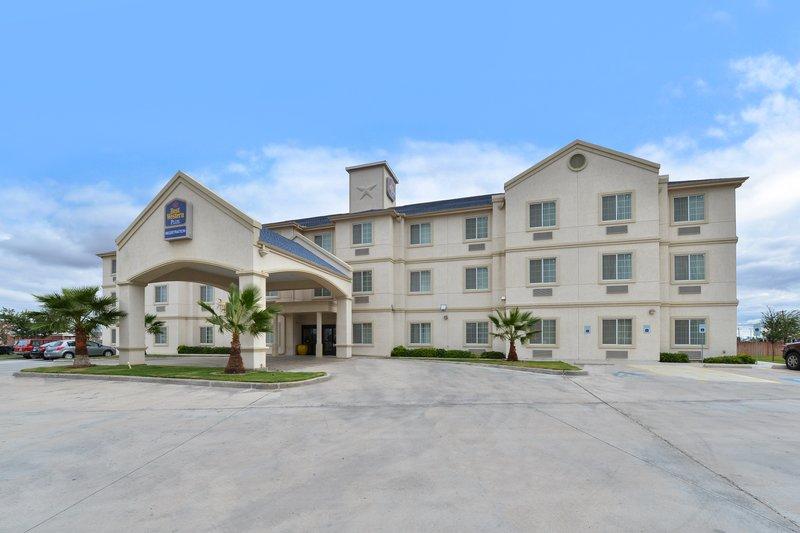 BEST WESTERN PLUS Monahans Inn & Suites