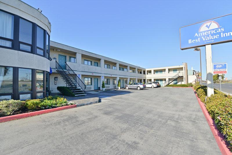 Americas Best Value Inn San Carlos