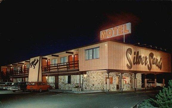 Silver Sands Motel 101