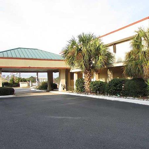 New Valdosta Inn And Suites