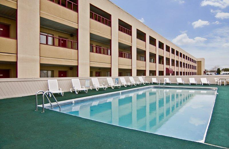 Americas Best Value Inn Neptune