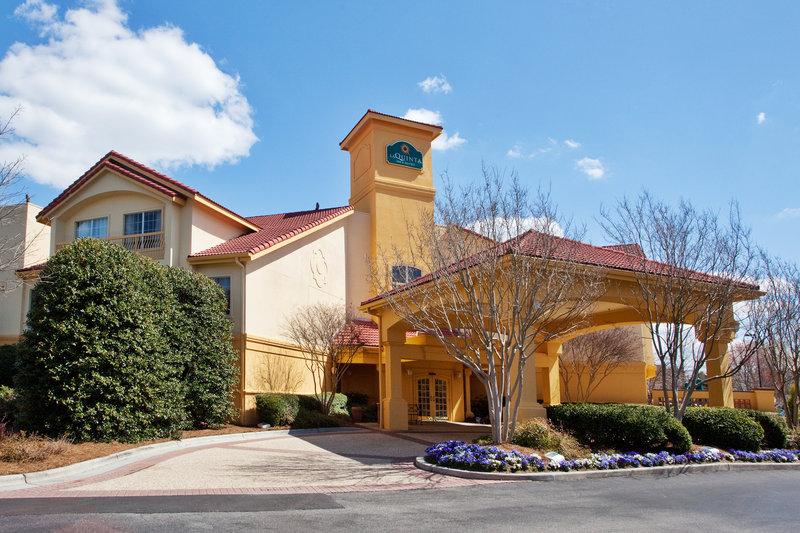 La Quinta Inn & Suites by Wyndham Raleigh Durham Intl AP