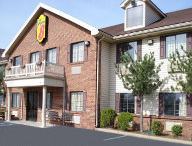 Super 8 by Wyndham Madison / Hanover Area