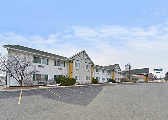 Quality Inn & Suites Stoughton
