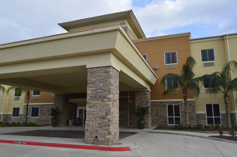 Hotels Near Armand Bayou Nature Center - Pasadena, Texas
