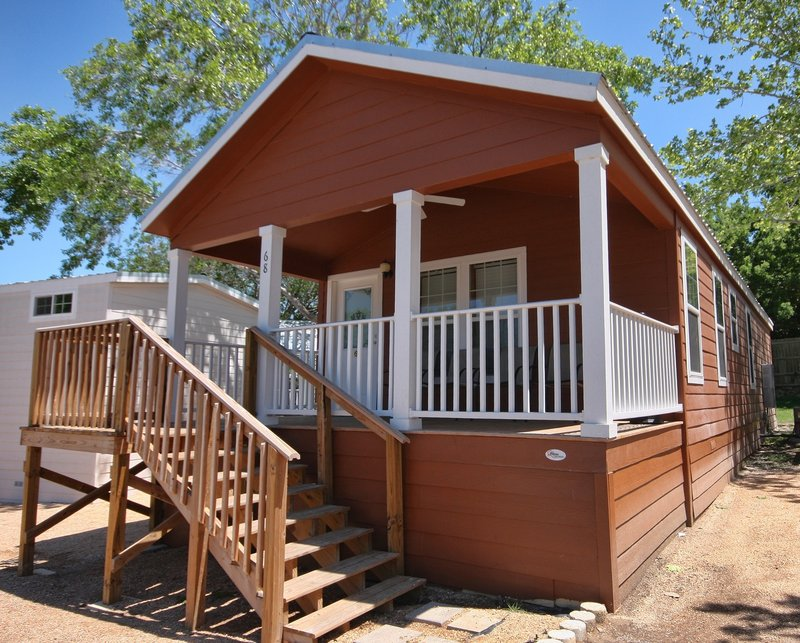 Hill Country Cottage And RV Re