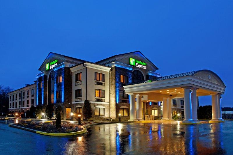 Holiday Inn Express GROVE CITY (OUTLET CENTER)