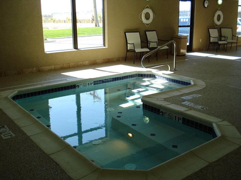 Holiday Inn Hotel & Suites PUEBLO