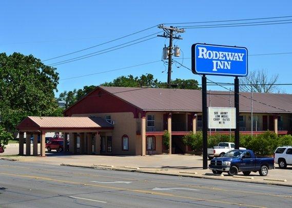 Rodeway Inn Bryan