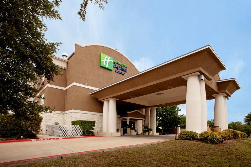 Holiday Inn Express & Suites CEDAR PARK (NW AUSTIN)