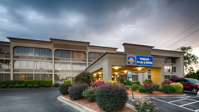 BEST WESTERN PLUS Sterling Hotel & Suites