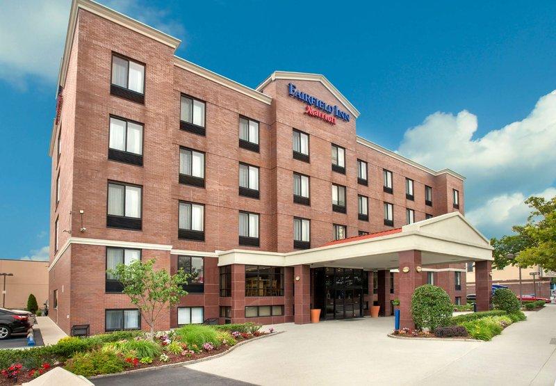 Fairfield Inn by Marriott New York LaGuardia Airport / Astoria