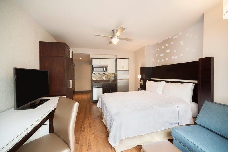 Homewood Suites New York / Midtown Manhattan Times Square