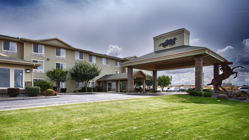 BEST WESTERN PLUS Bronco Inn