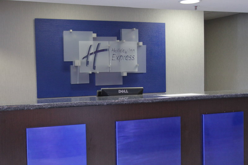 Holiday Inn Express Rocklin Galleria Area