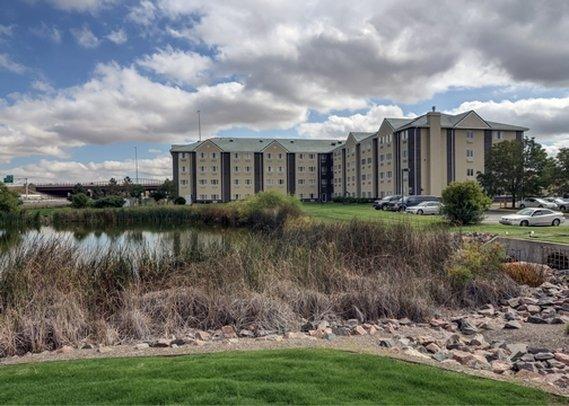 Quality Inn & Suites Denver Airport Gateway Park