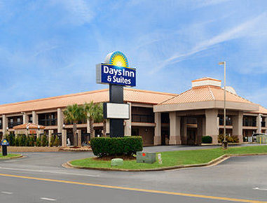 Days Inn And Suites Warner Robins