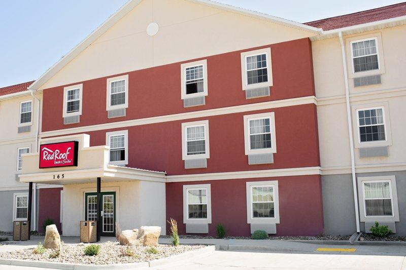 Red Roof Inn & Suites Dickinson
