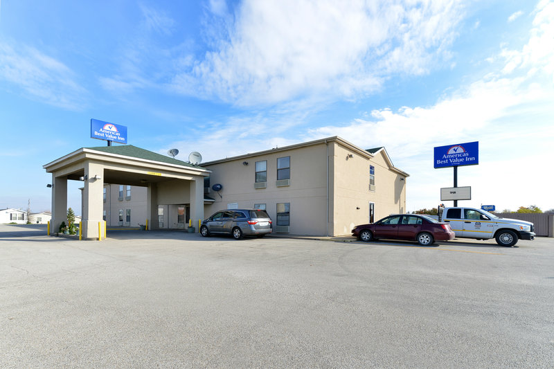 Americas Best Value Inn Chenoa