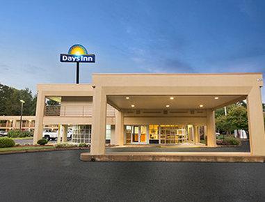 Days Inn by Wyndham Atlanta Stone Mountain