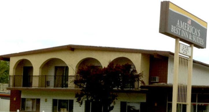 Americas Best Inn Urbana