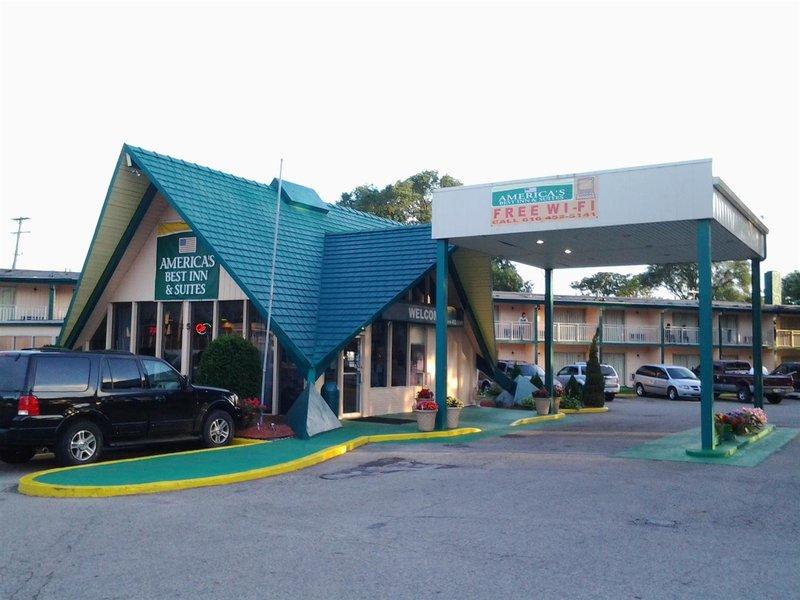 Americas Best Inn Grand Rapids