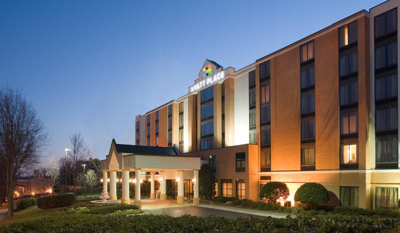 Hotels Near NRH20 Water Park - North Richland Hills, Texas
